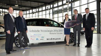 Autoübergabe im Autohaus Widmann - Foto Kahle